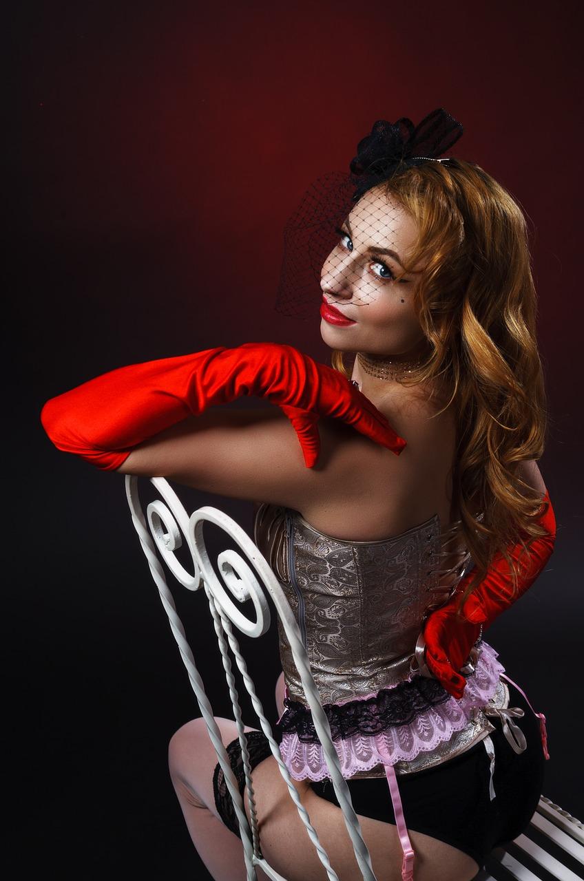 burlesque-4066461_1280