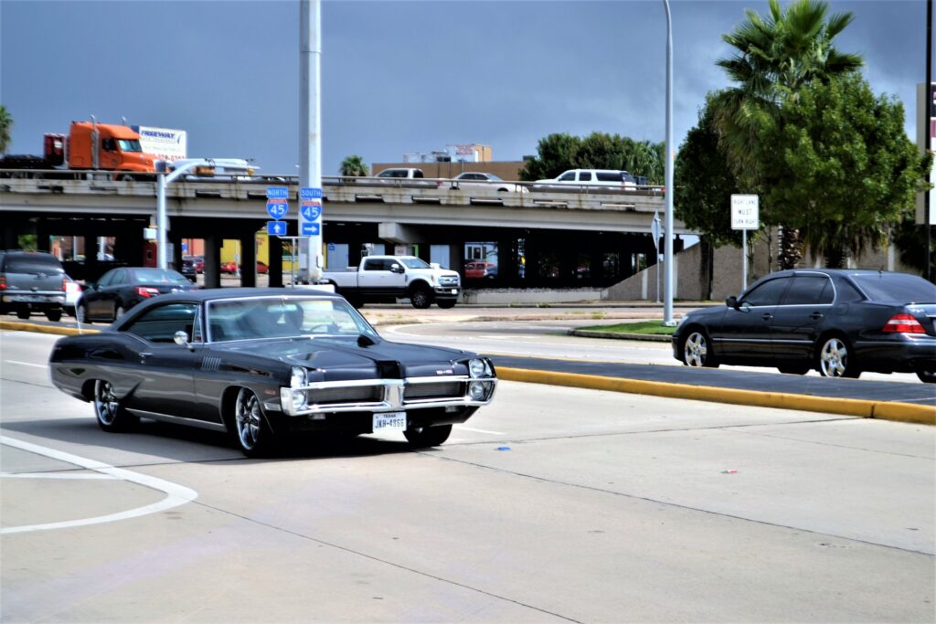 1980s fashion - cars