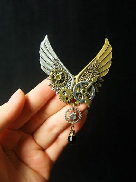 Steampunk Lolita Brooch Wings Metal Details Bronze Lolita Breastpin